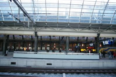 19. Amsterdam Central Track 10-11